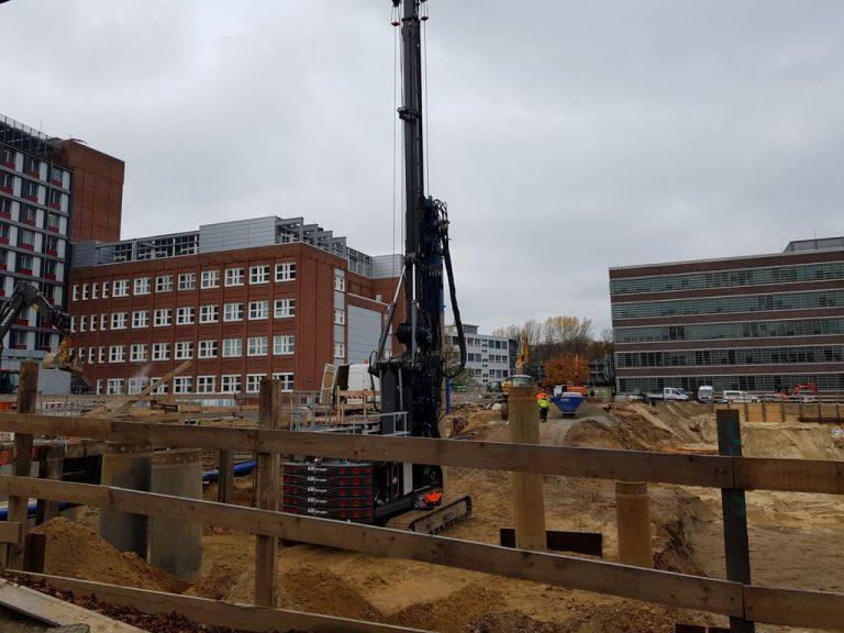 Ein Riesenloch für das neue Herzzentrum im Universitätskrankenhaus Eppendorf